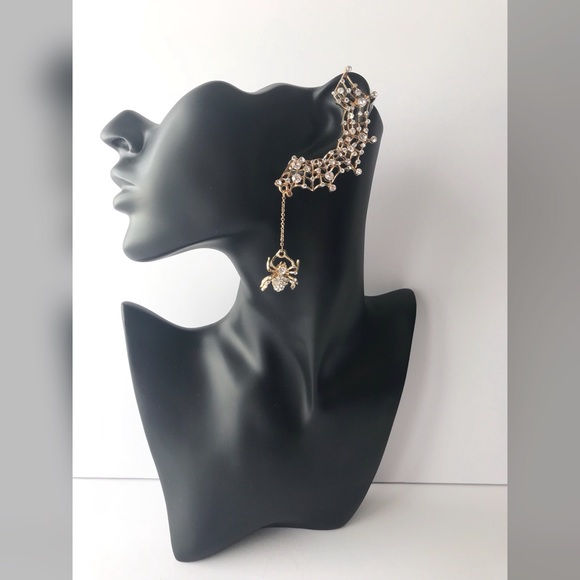 Jewelry - Gold & Silver Spider Ear-cuff Earring